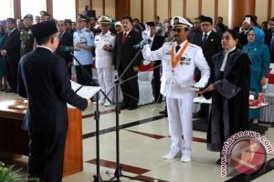 Gubernur Lantik Penjabat Wali Kota Ambon