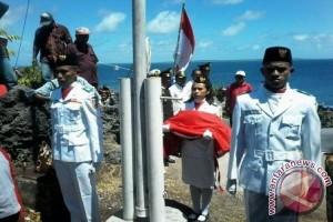 Lanal Saumlaki Kibarkan Merah Putih di Asutubun