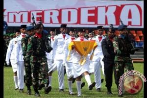 Ribuan Warga Saksikan Peringatan Proklamasi di Ambon