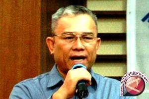 Tarman Azzam Meninggal di Ambon