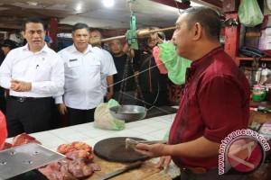 Mentan Sidak di Pasar Mardika Ambon