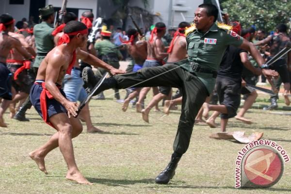 Drama Kolosal HUT TNI di Ambon