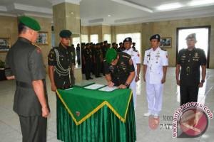 Pangdam Pimpin Sertijab Pejabat Teras Kodam XVI/Pattimura