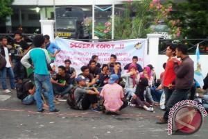 Massa Tutup Aktivitas RSU Chasan Boesoerie Ternate