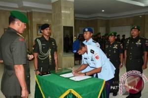 Pangdam Pattimura Pimpin Sertijab Pejabat Kodam