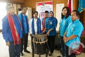 Gubernur Maluku Minta Dualisme Kepengurusan Knpi Disatukan