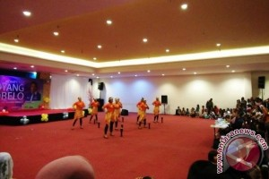 Lantamal IX Juarai Kostum Etnik Goyang Tobelo