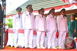 Gubernur Minta Kepala Daerah Terpilih Sejahterakan Masyarakat