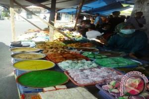 Lokasi Jual Kue Buka Puasa Ramai Pengunjung