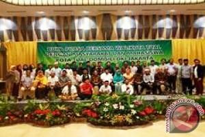 Adam Rahayaan Ajak Rakyat Tual di Perantauan Bangun Daerah
