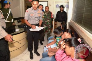 TNI/Polri Patroli Cipta Kondisi Jelang Lebaran