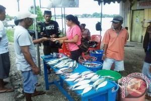 DKP Kota Tual Gelar Bazaar Ikan Murah