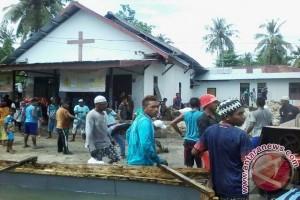 Wali Kota Letakkan Batu Pertama Gereja Ngadi