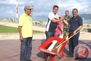 ASN Aksi Bersih Lima Sungai di Ambon