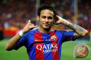 Neymar Teken Kontrak 5 Tahun dengan PSG