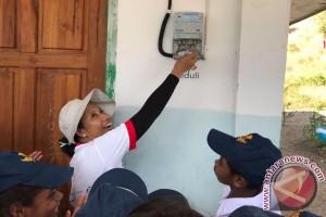 PLN Pasang Listrik Gratis di Pulau Lirang