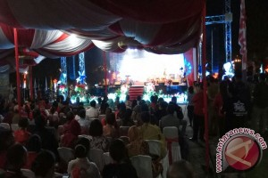 Gubernur Maluku Buka Kontes Bintang Radio 2017