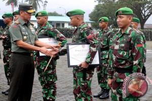 Pangdam Pattimura Pimpin Upacara Lepas-sambut Satgas