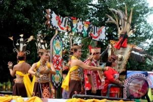 Kemenag Ternate lestarikan budaya lokal