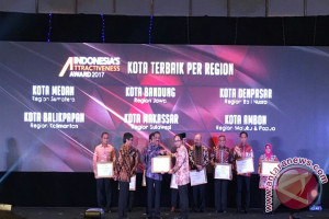 Ambon Raih Dua Penghargaan Indonesia`s Attractinevess Award 2017