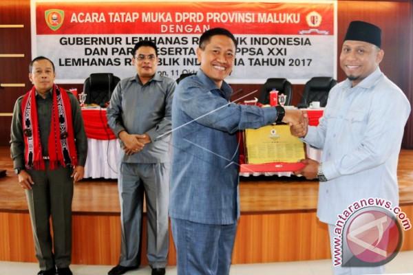 Kunjungan Peserta SSDN ke DPRD Maluku