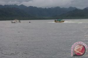 Tim Basarnas Temukan Dua Nelayan Hanyut
