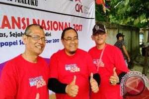 OJK-FKLJKD Rayakan Hari Asuransi di Pantai Suli