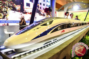 Kereta Cepat Tiongkok Yang Memikat Hati - Oleh Rahmad Nasution
