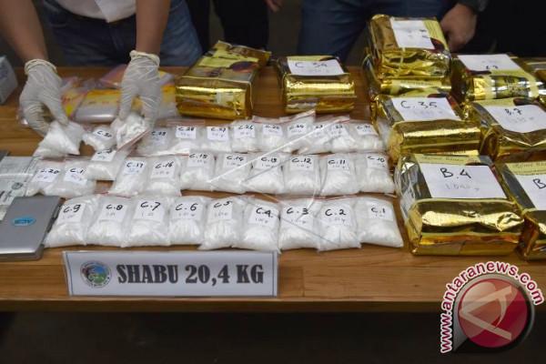 Oknum Polisi Didakwa Terlibat Pengiriman Sabu-Sabu