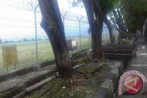 Otoritas Bandara Sultan Babullah Benahi Sistem Keamanan
