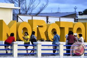 Pemkab akui biaya tinggi pengaruhi wisata Morotai