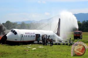 Angkasa Pura Ambon Simulasi Kecelakaan Pesawat