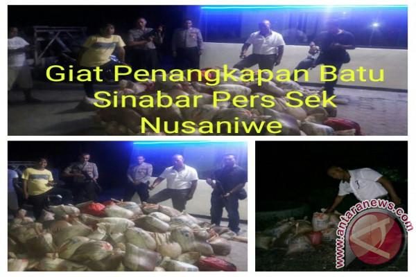 Polsek Nusaniwe Amankan 259 Karung Batu Sinabar