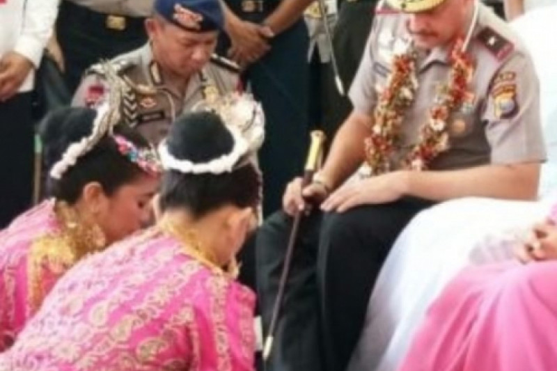 Kesultanan Ternate sambut wisatawan dengan ritual adat