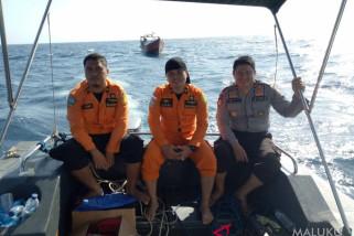 Regu penyelamat temukan kapal yang hanyut di perairan Maluku