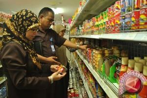BPOM Musnahkan Puluhan Makanan Kedaluwarsa