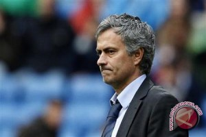 Mourinho Ajukan Dua Tuntutan Jika Melatih Manchester United