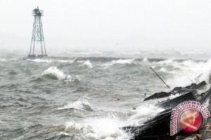 BMKG Pangkalpinang: Gelombang Selat Karimata 2,5 Meter