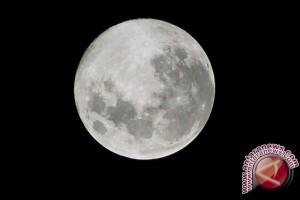 "Malam Nanti ""Bulan Super"" Terdekat Sejak 1948"