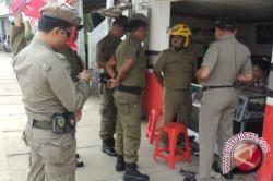 Satpol PP Bangka Barat Tertibkan Rumah Kontrakan