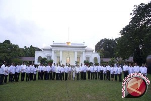 Kartini-Kartini di Sekeliling Jokowi