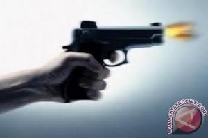 Polisi Tembak Kepala Sendiri Masih Kritis