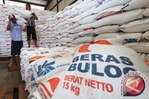 Bulog Bangka Tambah Stok 1.000 Ton Beras