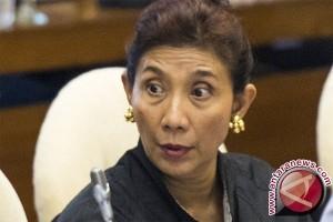 Menteri Susi Komitmen Tangani Dampak Sampah Plastik