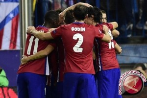 Atletico Madrid Tumpas Valencia 3-0