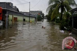 175 KK Korban Banjir Terima Bantuan