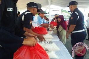 PT Timah Bagikan 2.000 Paket Sembako Murah