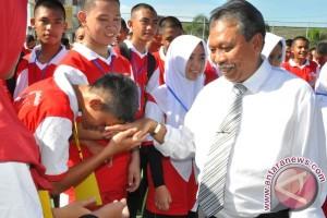 Gubernur Babel Pantau Hari Pertama Anak Sekolah