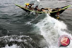 BMKG: Waspadai Pasang Air Laut Maksimum Lebih Dua Meter