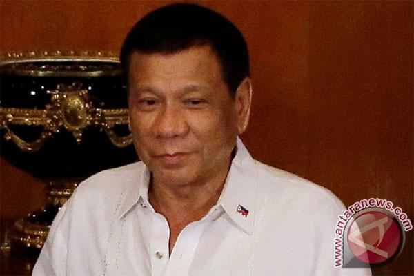 Duterte pecat kolonel dan jenderal atas korupsi pembelian sarana kesehatan tentara